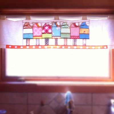 Backlit popsicle curtain
